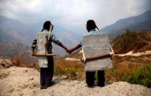 nepal niños rocas esclavitud